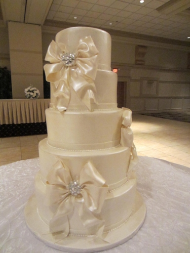 Wedding Cakes West Bloomfield MI